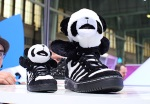 jeremy-scott-adidas-originals-panda-02