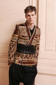 balmain-paris-fashion-week-fall-2013-01